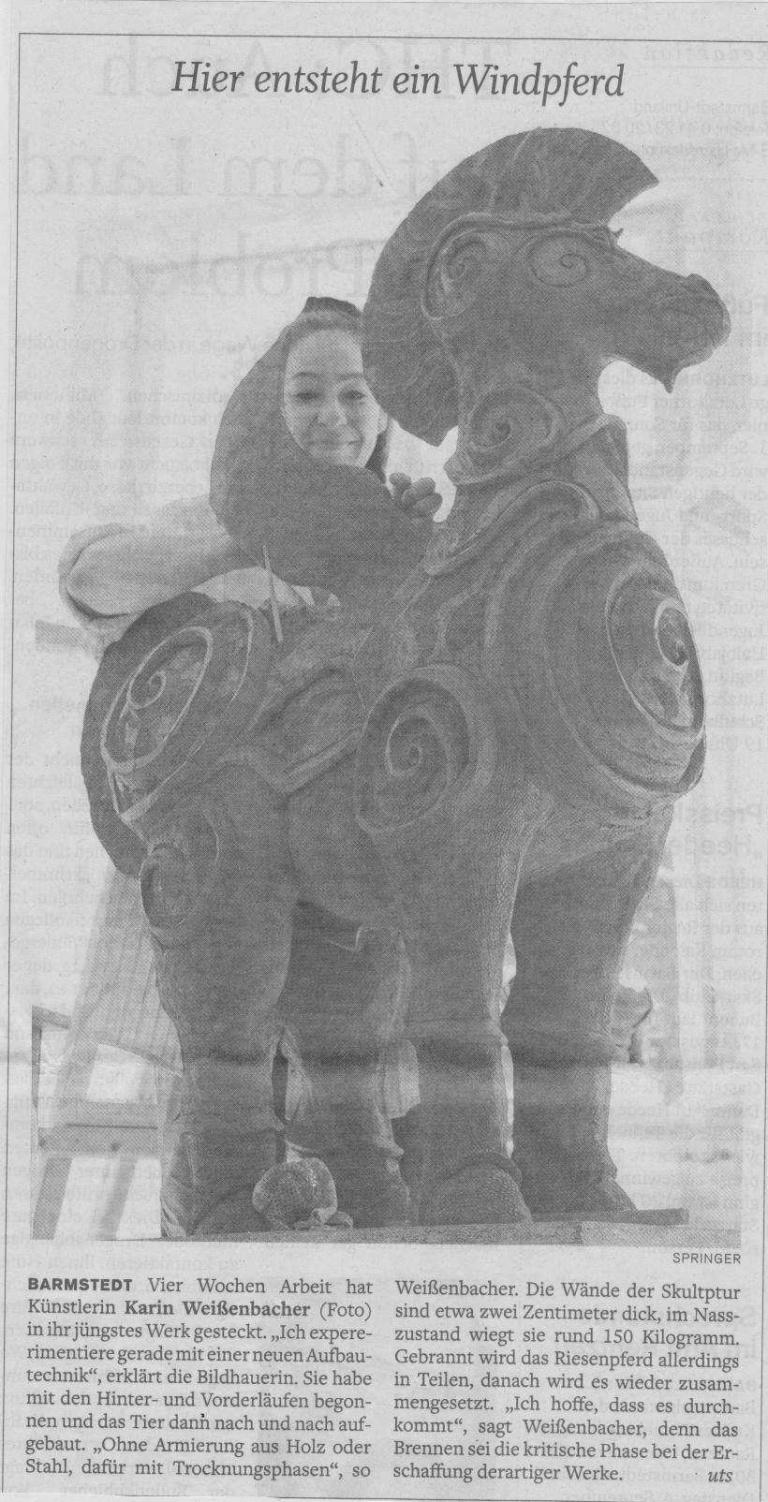 01.08.2012 Hier entsteht ein Windpferd Ute Springer, Barmstedter Zeitung Hier entsteht ein Windpferd