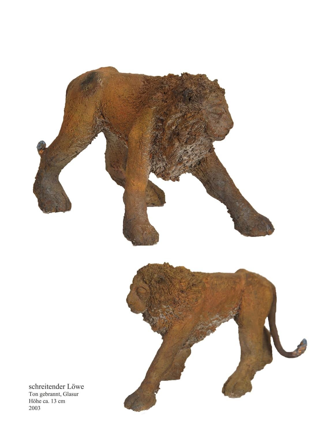 Schreitender Löwe